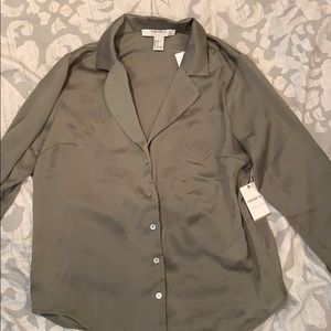 Forever 21 satin collar shirt
